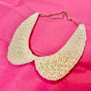 Collar-shaped Pearl Necklace